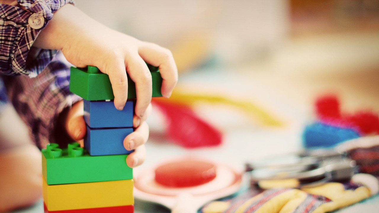 Логические игры для детей: польза и особенности. Головоломки и разновидности кубика рубика.